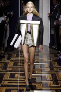 Coulotte a vita alta top e giacca con inserti in pellepelle