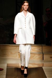 Giacca e pantalone bianco