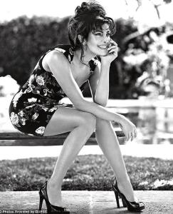 Priyanka Chopra per Guess 2013