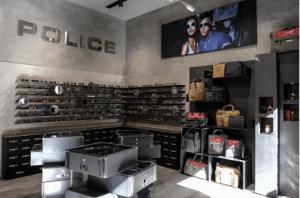 Interno del monomarca Police a Milano