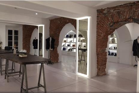 Interno BeHouse concept store cinese a Milano